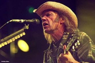 neilyoung.jpg